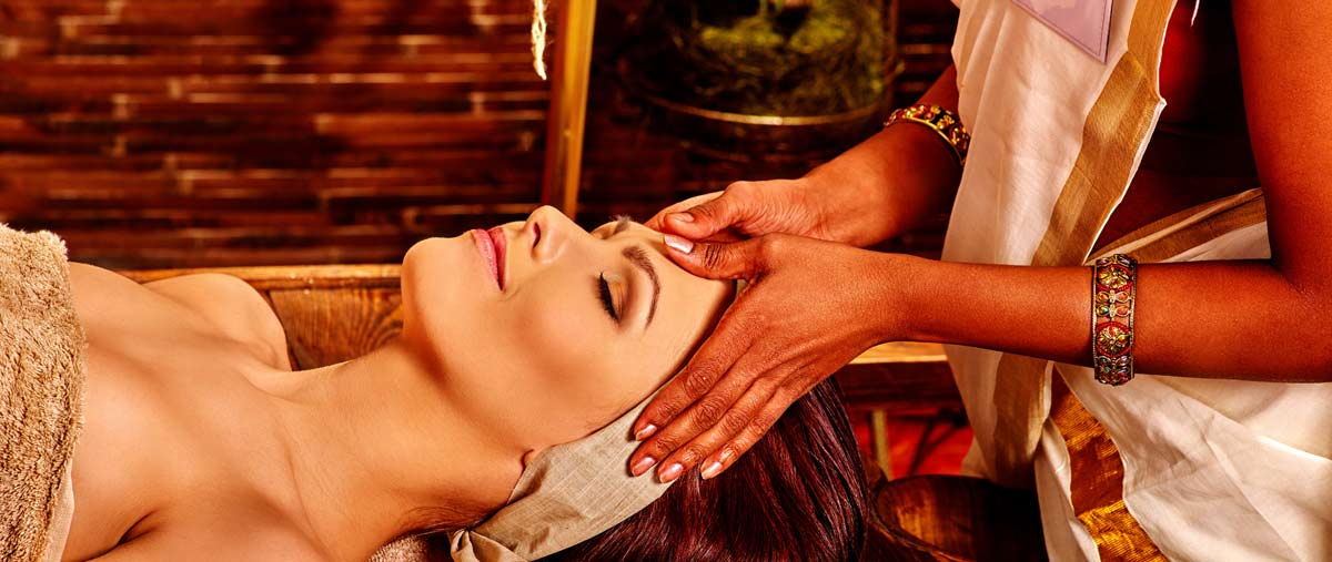 shirodhara ayurvedic massage